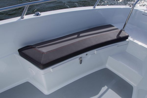 AMT 190 R komfortable Sitzbank hinten   Boat Solutions, Utting am Ammersee