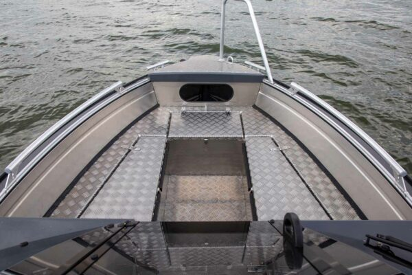 Silver-Shark-BRX_YM21_det_002-1-boatsolutions-ammersee