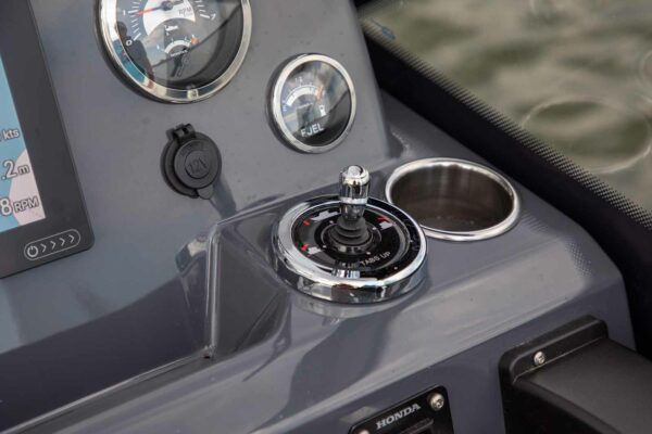 Silver-Shark-BRX_YM21_det_006-boatsolutions-ammersee