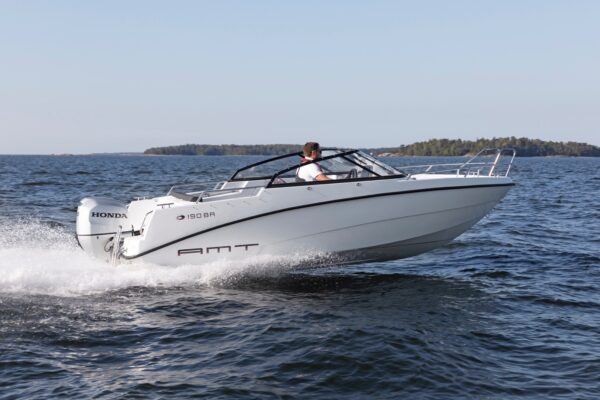 amt-190-br-ym20-e-04-boatsolutions-ammersee