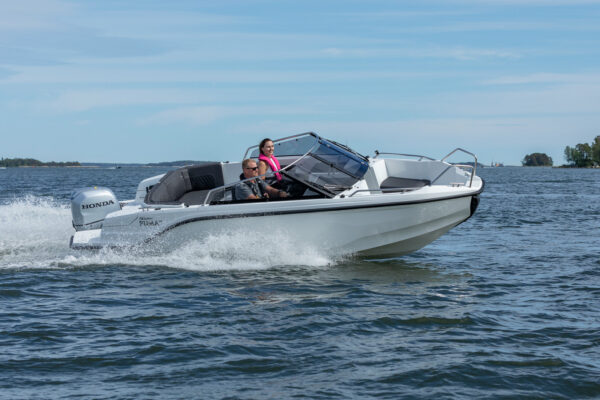 Silver-Puma-BRz-21YM-act-a-001-boatsolutions-ammersee