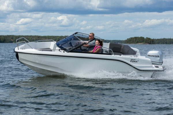 Silver-Puma-BRz-21YM-act-a-002-boatsolutions-ammersee