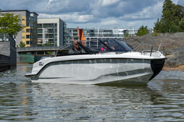 Silver-Puma-BRz-21YM-act-a-007-boatsolutions-ammersee